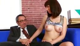 Watch on brunette gorgeous bitch is giving the unreal blowjob to a dick