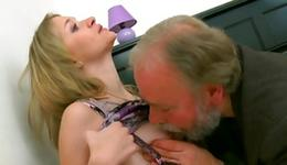Voluptuous old professor deep giving a French a chuff box of his young playmate