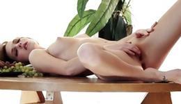 Kinky diaper beau floosie is fingering a fashionable cunt